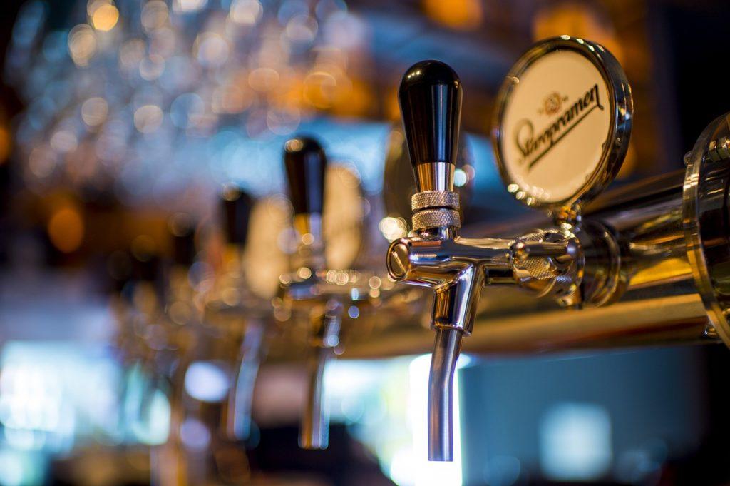 pump clips in pub